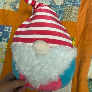 BNWOT Norma the Christmas Gnome Squishmallow 8 in